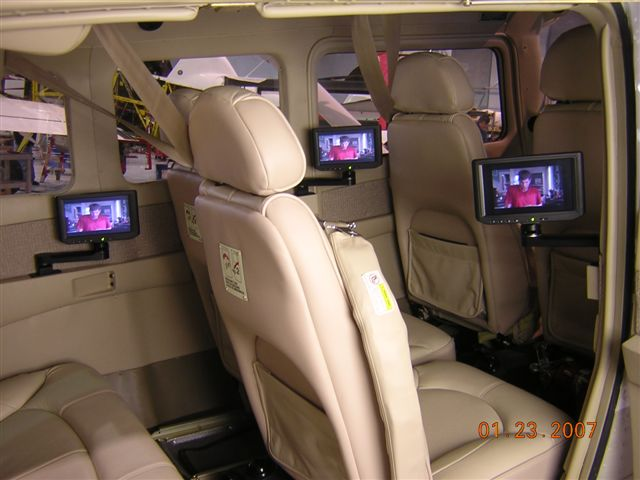 Custom Entertainment System in a Cessna 206