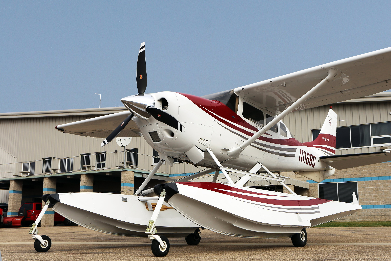 Cessna 206 on Wipline 3450 Floats with a Hartzell Trailblazer Propeller