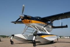 Kodiak on Wipline 7000 Floats Featuring Single Point Fueling